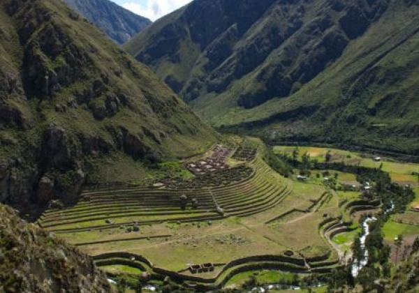 views-of-the-sacred-valley