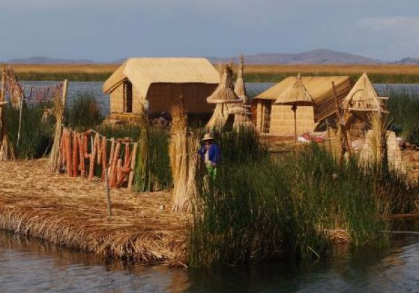 uros-floating-islands