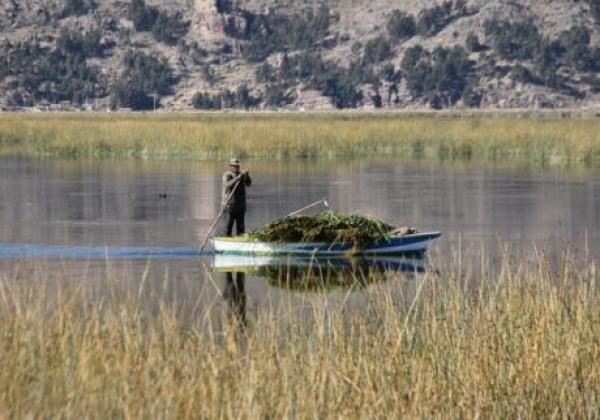 lake-titicaca-(2)