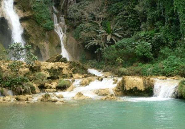 lpq-kuang-si-waterfall