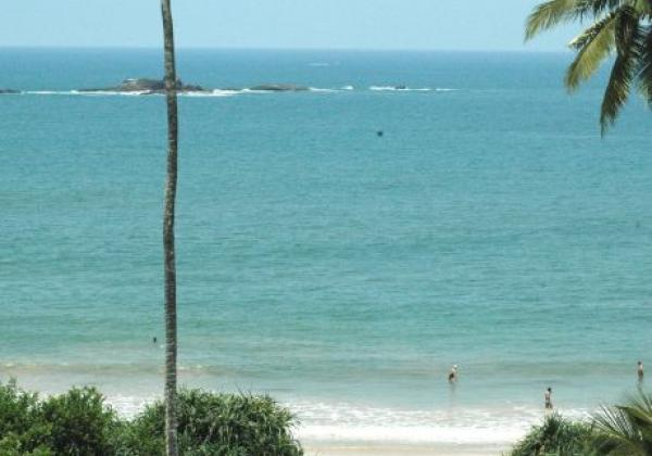 sri-lanka---beach-(2)