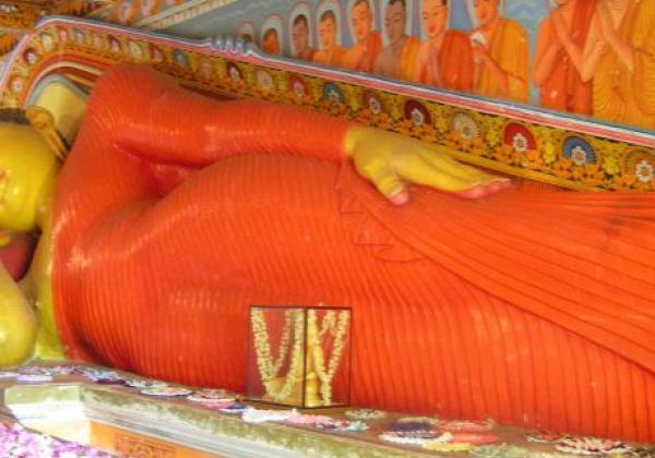 sleeping-buddha-statue