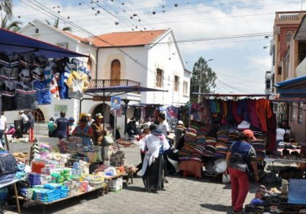 otavalo-market-29.jpg