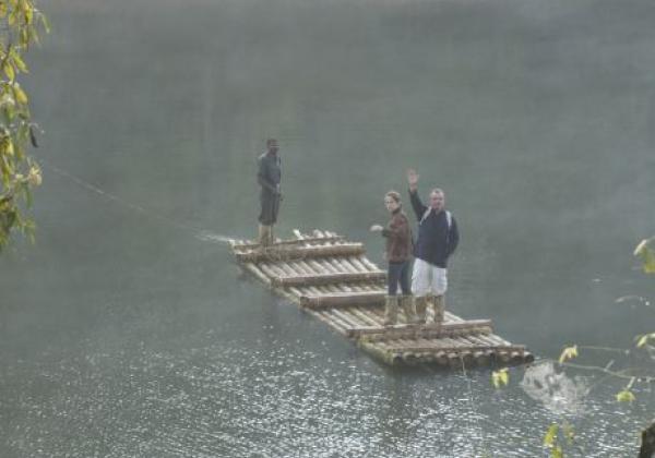 bamboo-rafting-thekkady