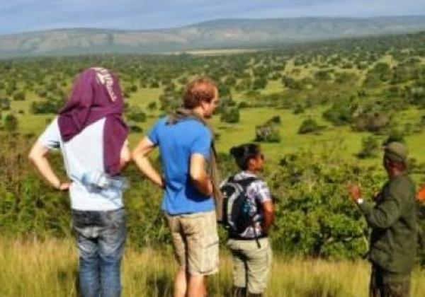 tag-8---bushwanderung-im-lake-mburo-nationalpark