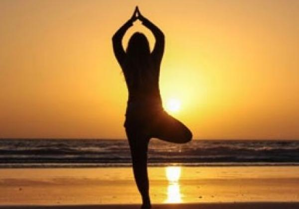surf-and-yoga-abend