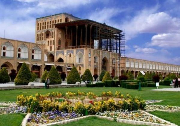 Isfahan naqsche jahan palatz (2)
