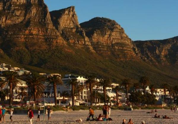 camps-bay-family-beach