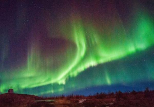 travel-iceland---northern-lights-west-iceland.jpg