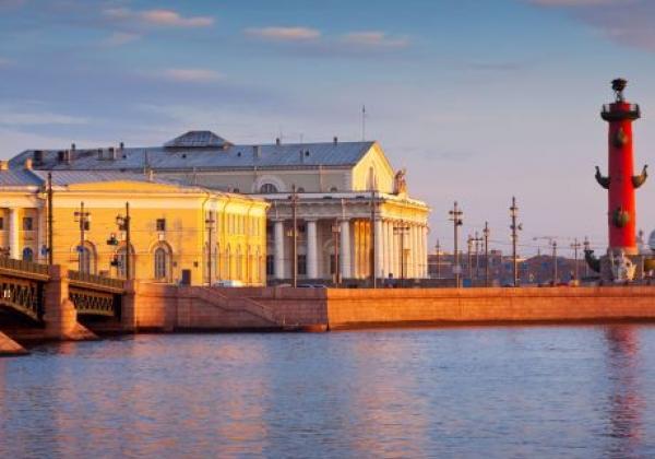 the-spit-of-vasilyevsky-island