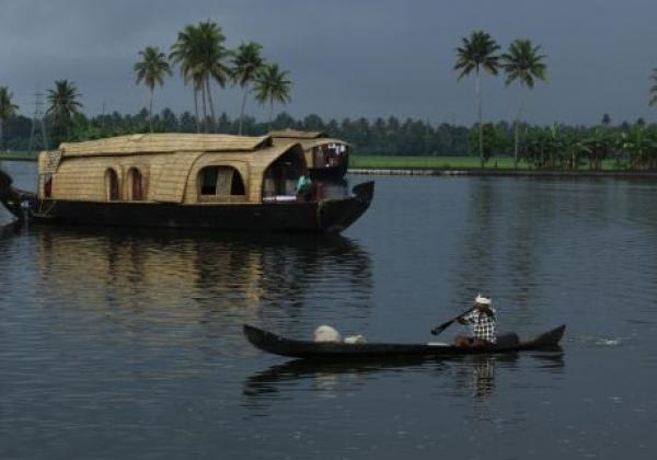 alappuzha-backwaters-7-411