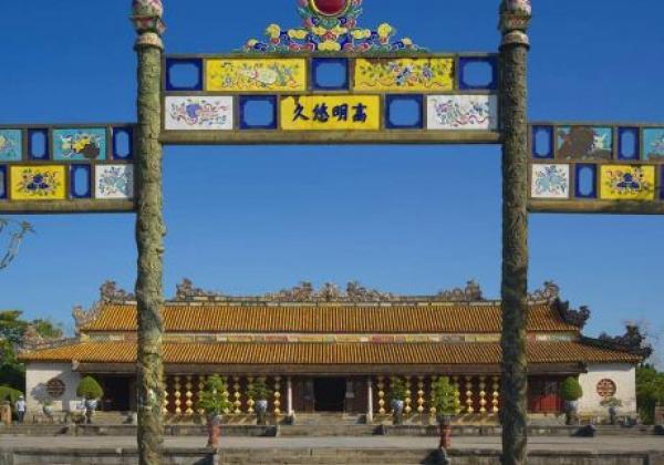 vn-hue-the-citadel-2
