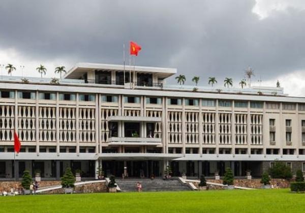 vn-saigon--reunification-palace.jpg