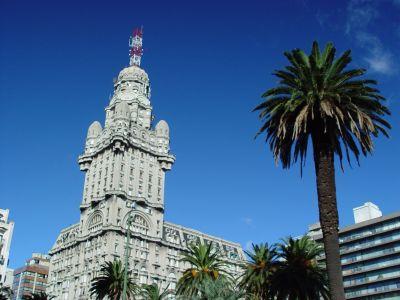 Blick auf Plaza Independencia Montevideo Uruguay