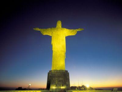 Christo Statue