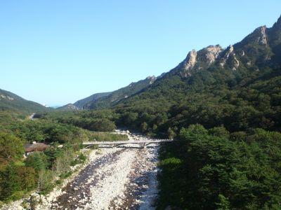 1112010201610001k-seoraksan-mountain