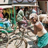 rickshaw-in-market