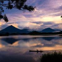 tag-18---lake-mutanda-im-sonnenuntergang