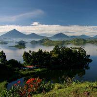 uganda---lake-mutanda-1-b