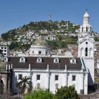 quito-old-town-1.jpg