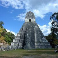 templo-i-o-gran-jaguar,-parque-nacional-tikal,-peté