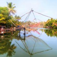 chinese-fishing-nets,-kochi,-kerala-fk0b5x