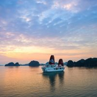 vn-halong-bay-sunset