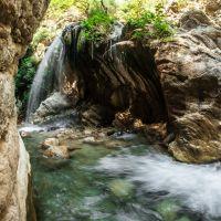 fluss-trekking-in-griechenland