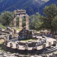 delphi-tholos-ii