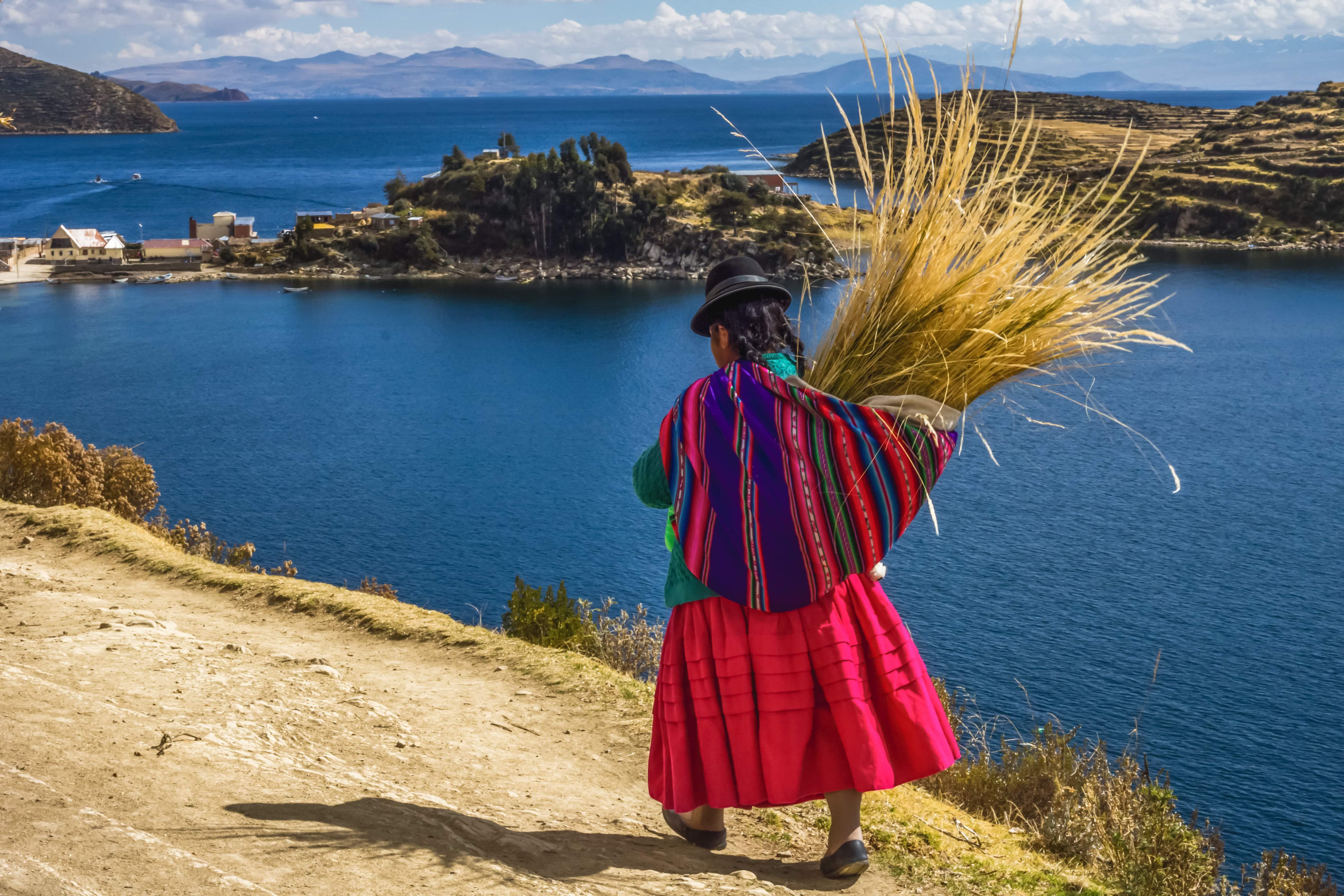 Frau am Titicacasee